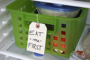 pull out container for organizing your refrigerator