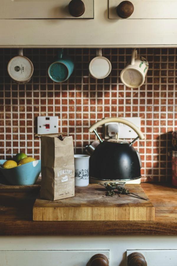 Mugs organized hanging